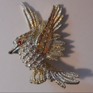Jewelry - Vintage Rhinestone Accent Bird Brooch